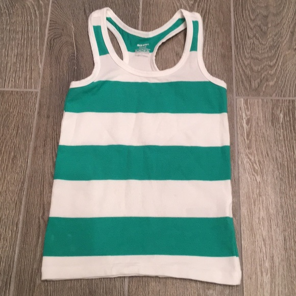3837210e3b6e4 Old Navy Toddler Girls Fitted Racerback Tank. M 5a7121de00450fce4af41063